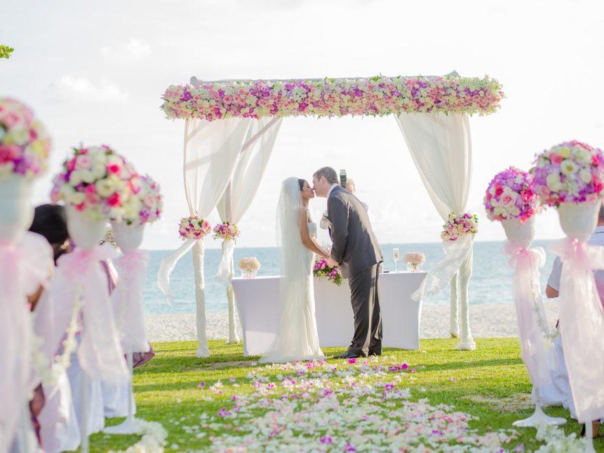 Projekty zaproszeń ślubnych
